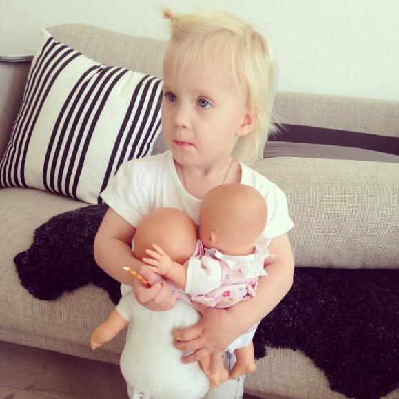 Lilly och dockorna
