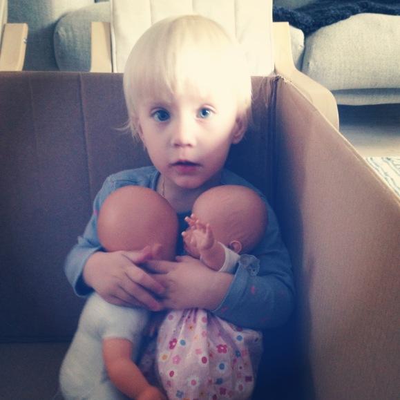 Inte utan mina dockor
