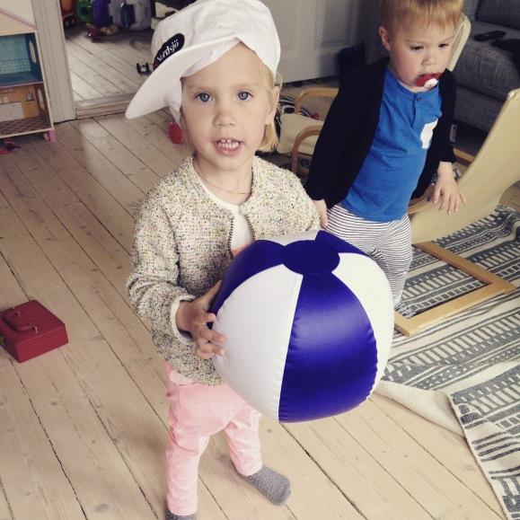 Lilly i Nordsjö outfit