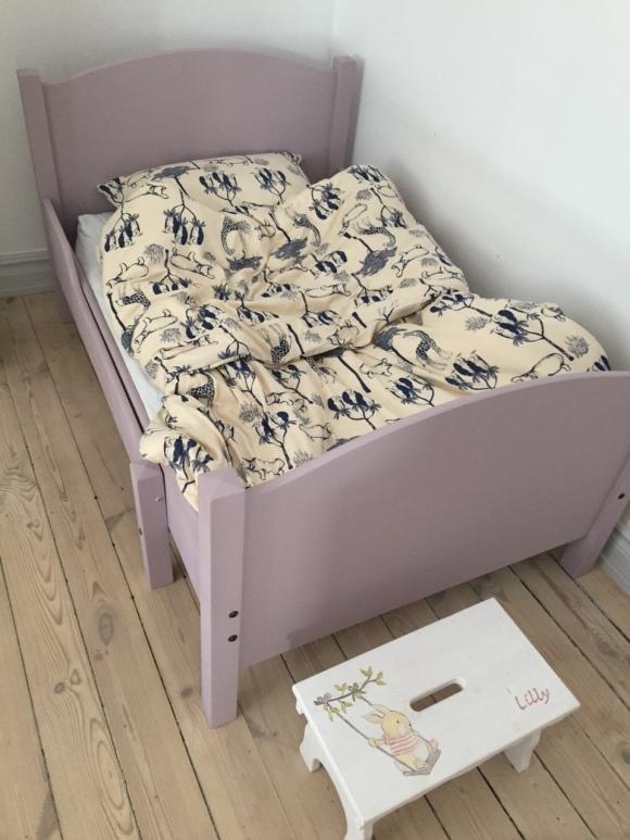 Lillys säng